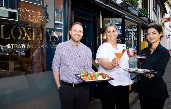 Loxleys pledges support for local charity Lifespace